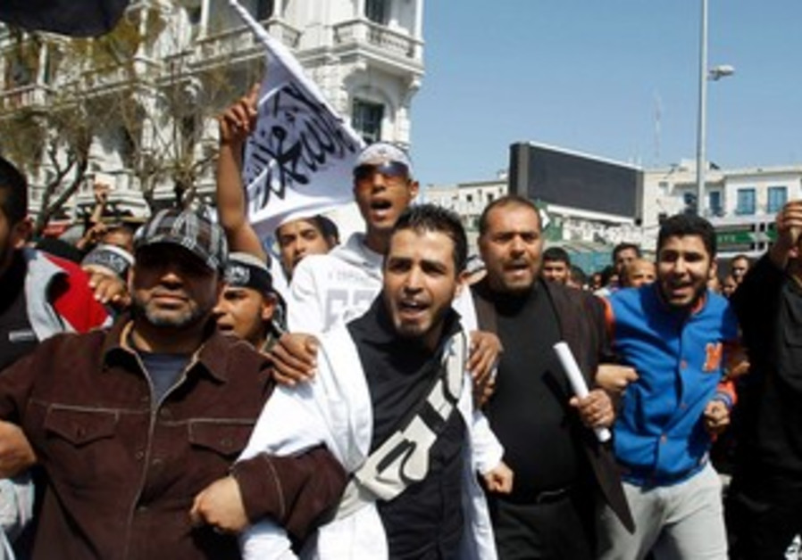 Salafists call for Islamic law in Tunisia