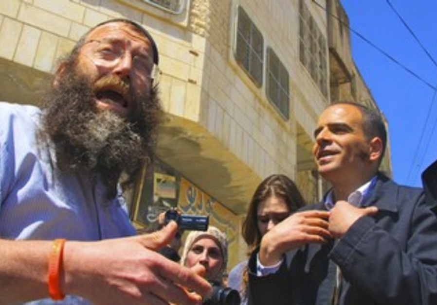Hebron: Marzel argues with Palestinian tour guide
