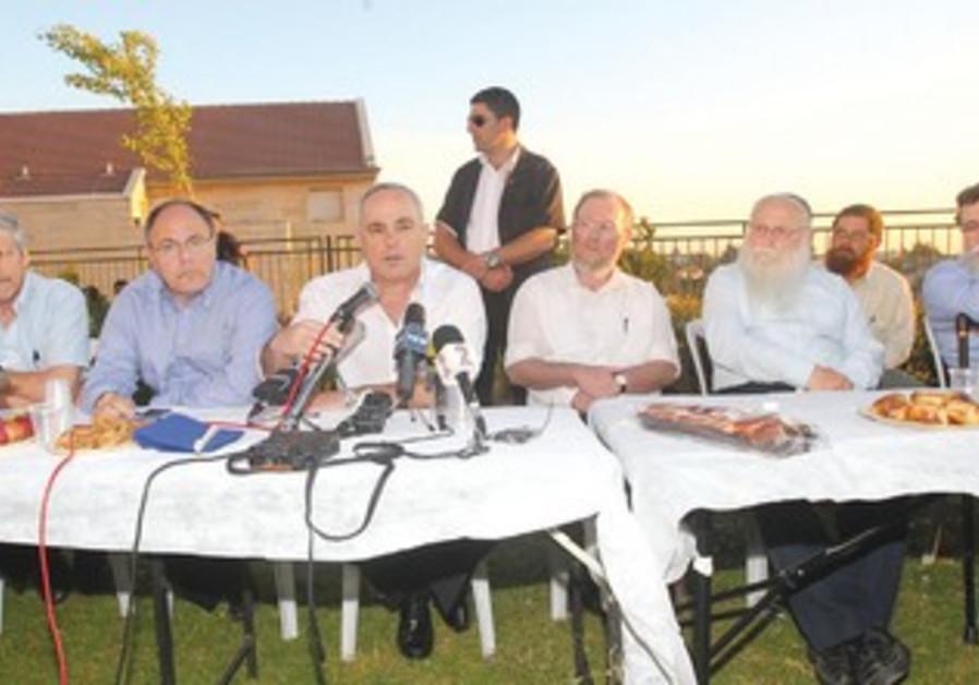 Yuval Steinitz in Beit El meeting on Ulpana