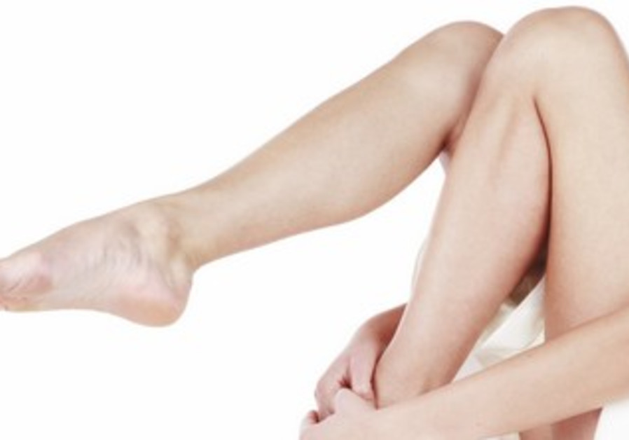 Vitamin E prevents varicose veins from forming.