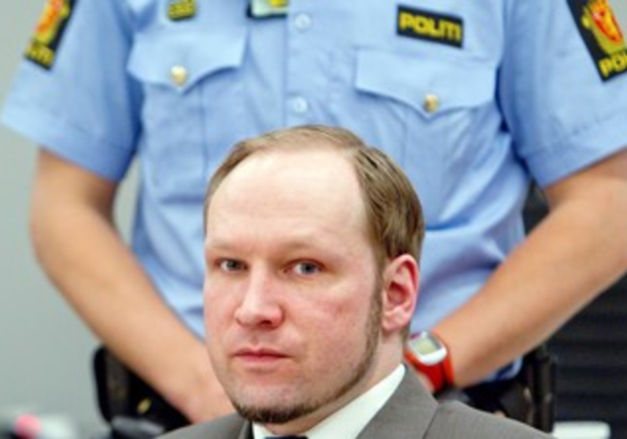 Norwegian mass killer Breivik in court