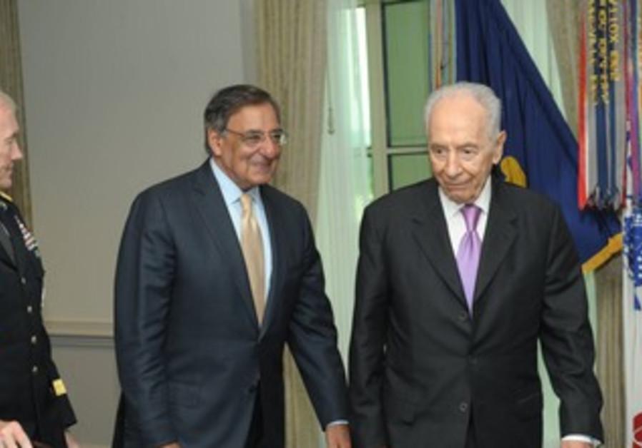Peres meets Panetta and Dempsey at Pentagon