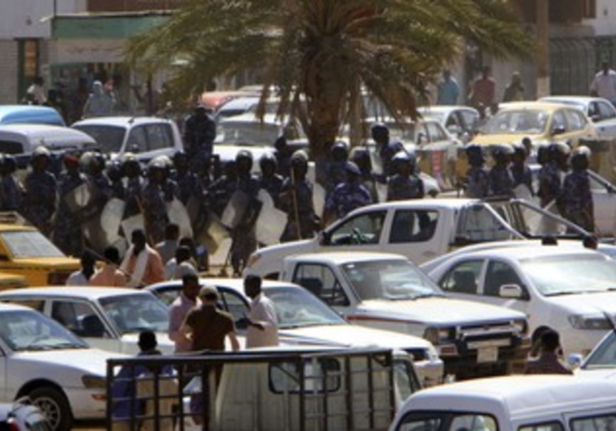 Police patrol Khartoum's main streets [file photo]