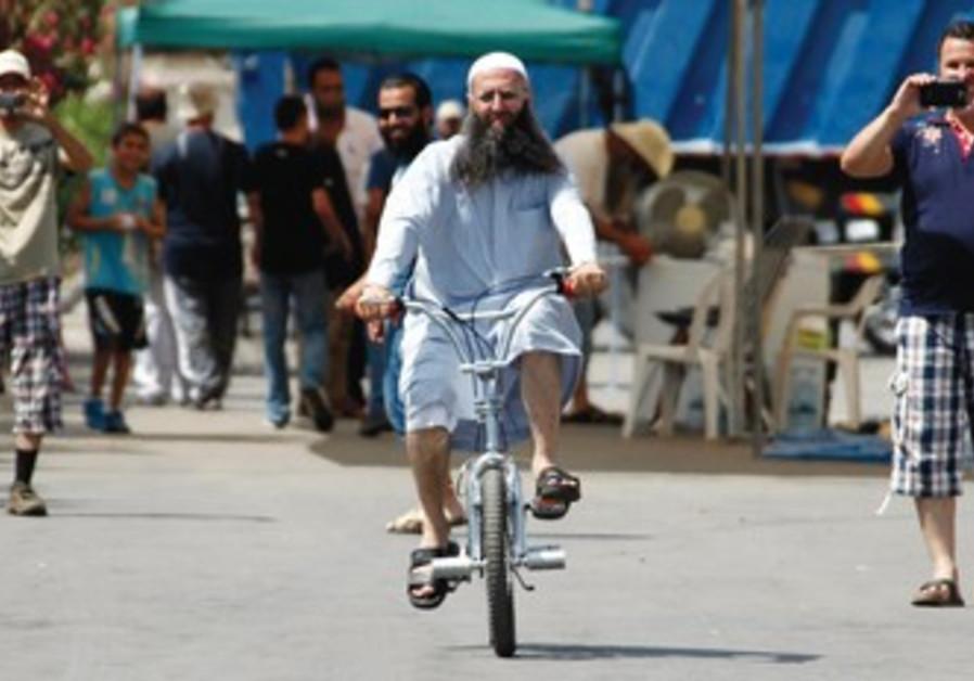 Suuni Salafist leader Ahmad al-Assir