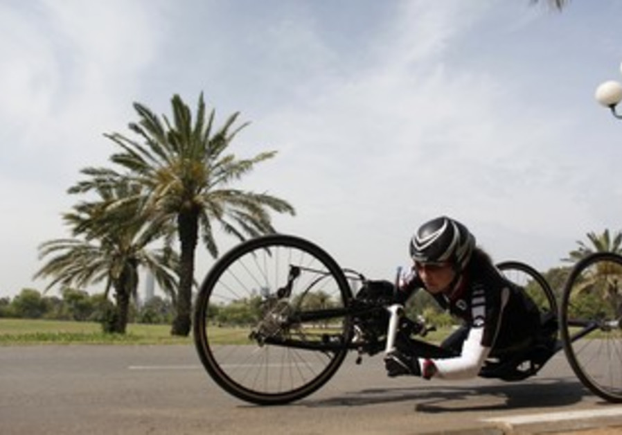 Israeli Hand Cyclist Prepares For The Paralympics
