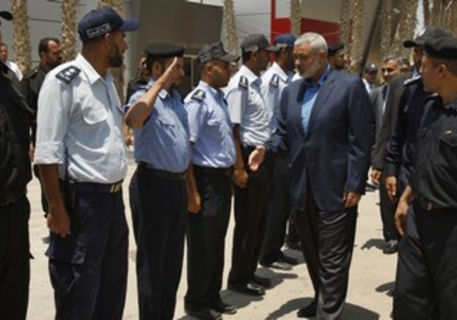 Hamas PM Haniyeh at Rafah before entering Egypt