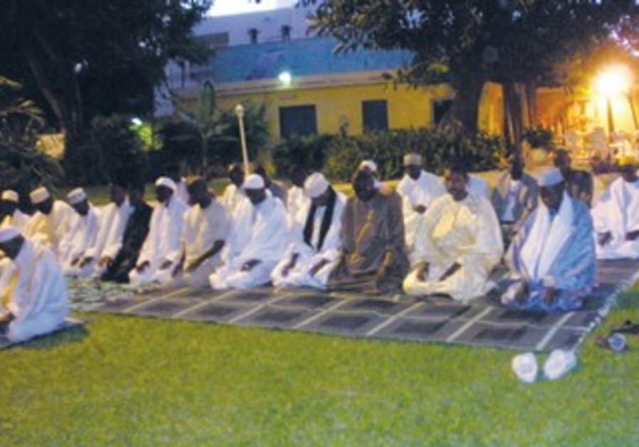 Imams gather at Israeli Embassy in Senegal