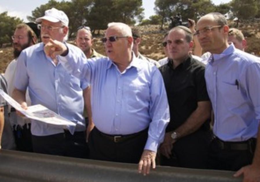 Knesset speaker Reuven Rivlin visits Gush Etzion