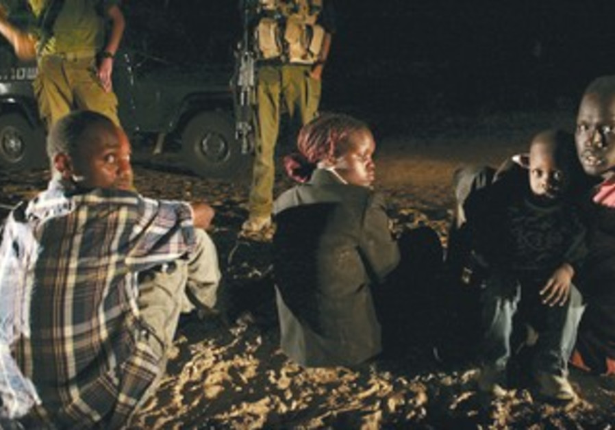 IDF stand watch over Sudanese migrants, 2007