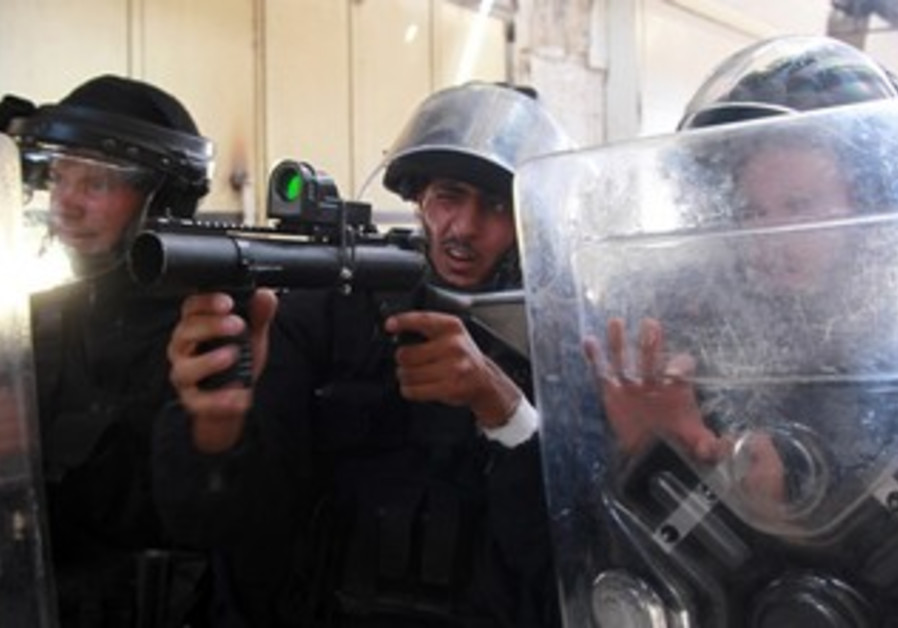 Police poised to stop riots at Temple Mount