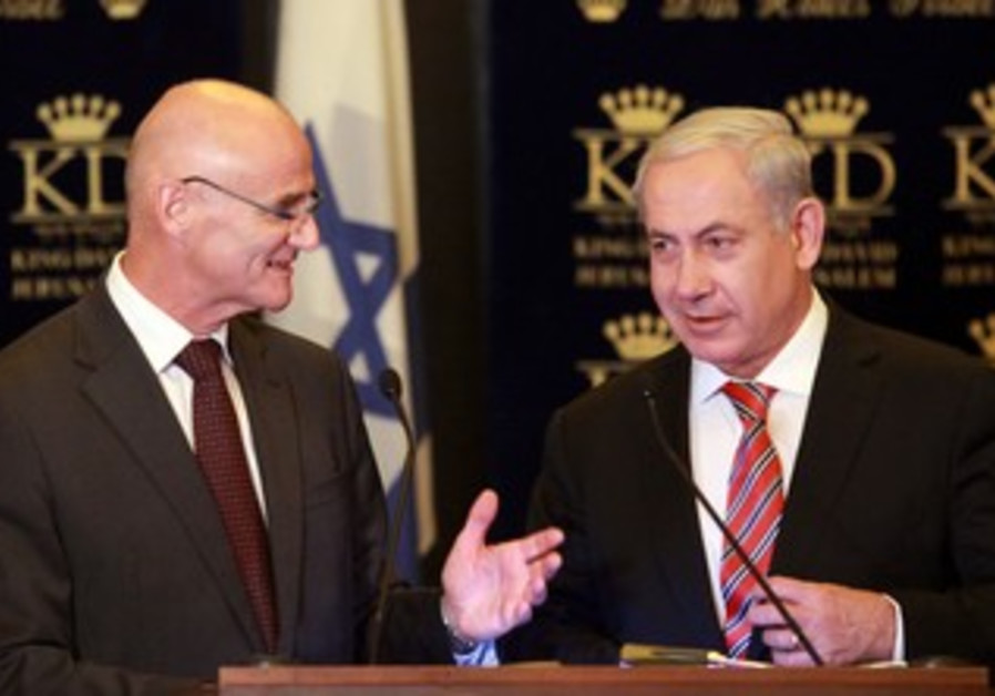 Prime Minister with the EU Ambassador