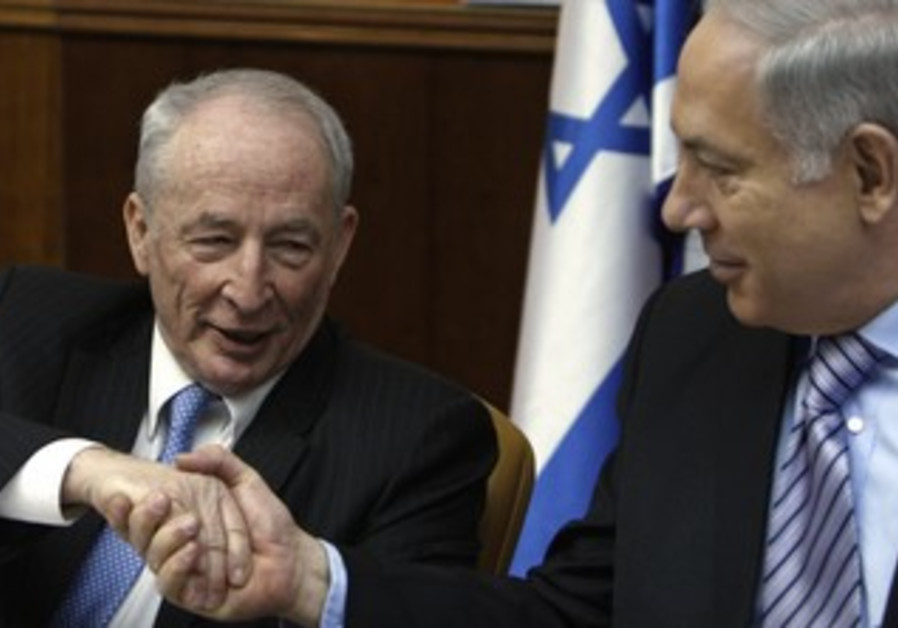 Netanyahu and Attorney-General Weinstein [file]