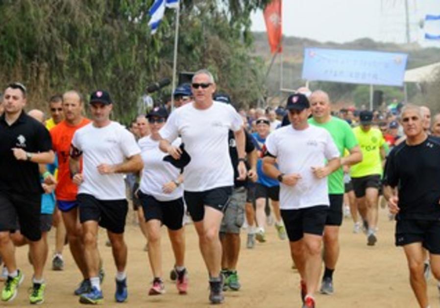 IDF Chief of Staff Benny Gantz on a run