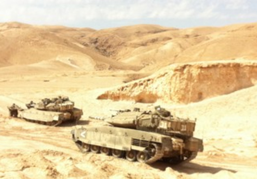 BATTALION 9 TANKS hold a war drill
