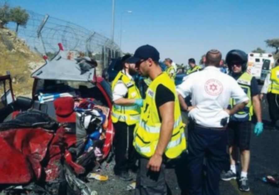 ZAKA volunteer at site of csr crash