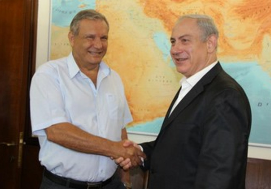 MK Arye Bibi with PM Netanyahu