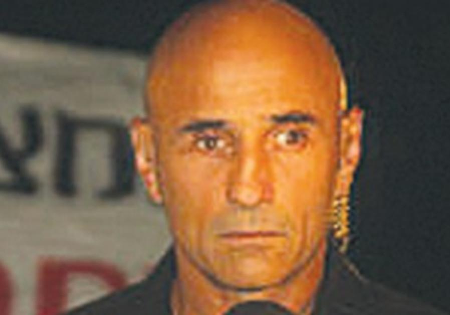 Journalist Ofer Shelach