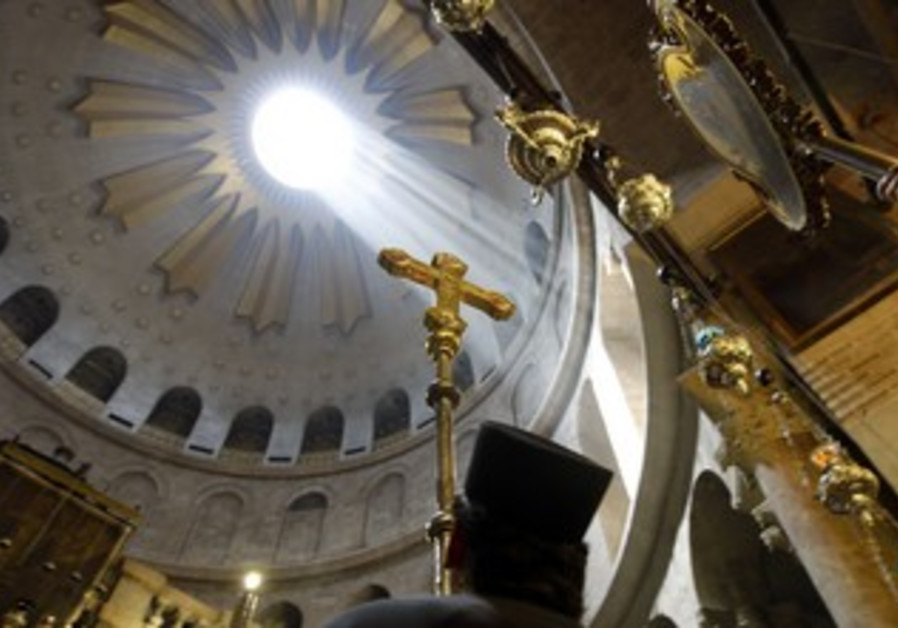 Mass at the Church of the Holy Sepulcher [file]