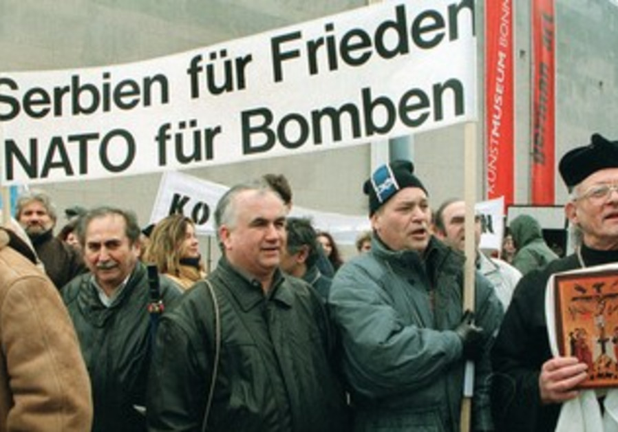 demonstration in Bonn during the Kosovo bombing