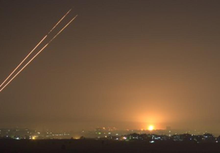 Kassams, IDF bombs erupt in Gaza before cease-fire