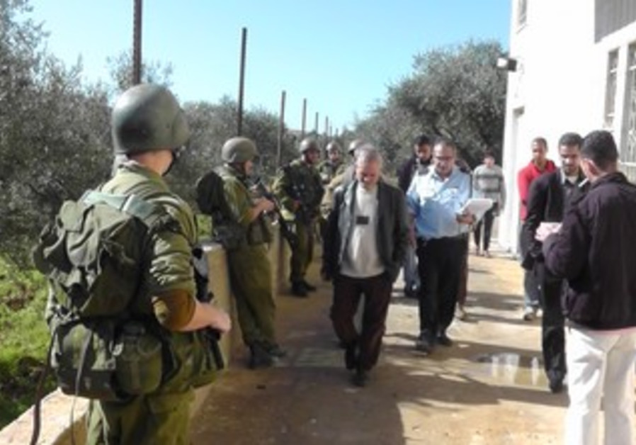 IDF soldiers, police investigate