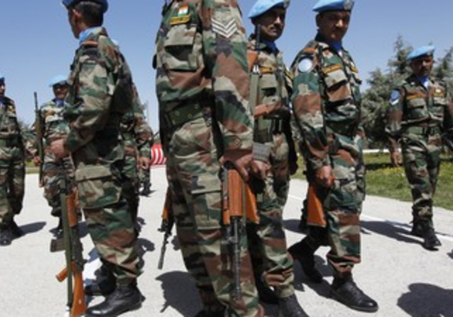 Peacekeeping troops with UNDOF