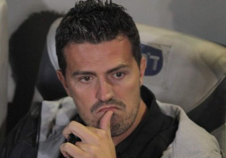 Maccabi Tel Aviv soccer coach Oscar Garcia