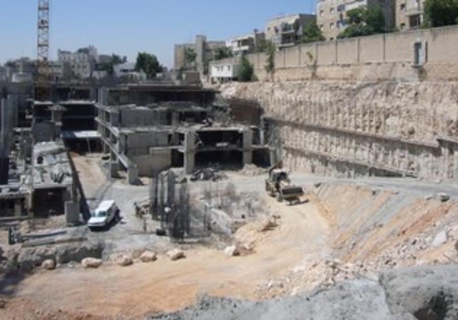 Building project in J'lem