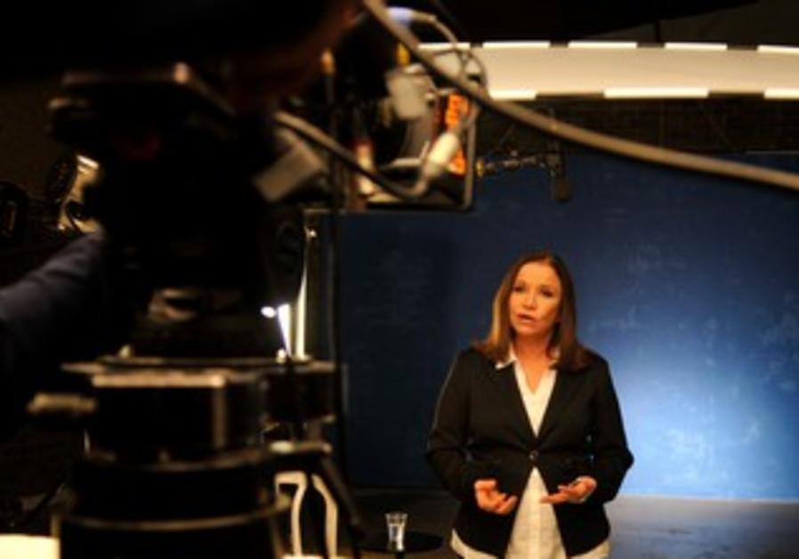 Shelly Yacimovich filming Labor campaign ad.