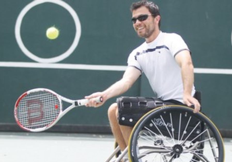 Paralympic gold medalist Noam Gershony