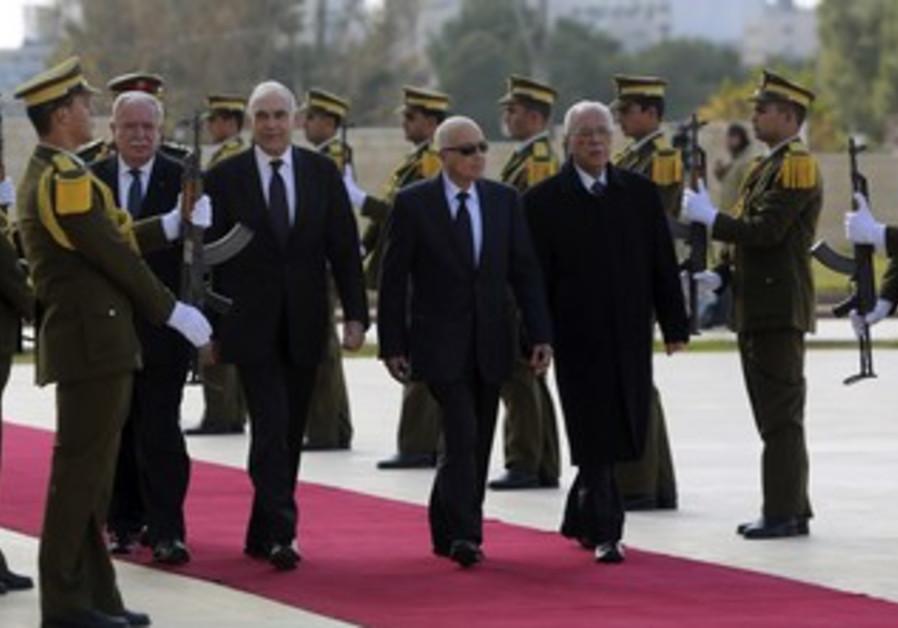 Nabil Elaraby visiting Ramallah.