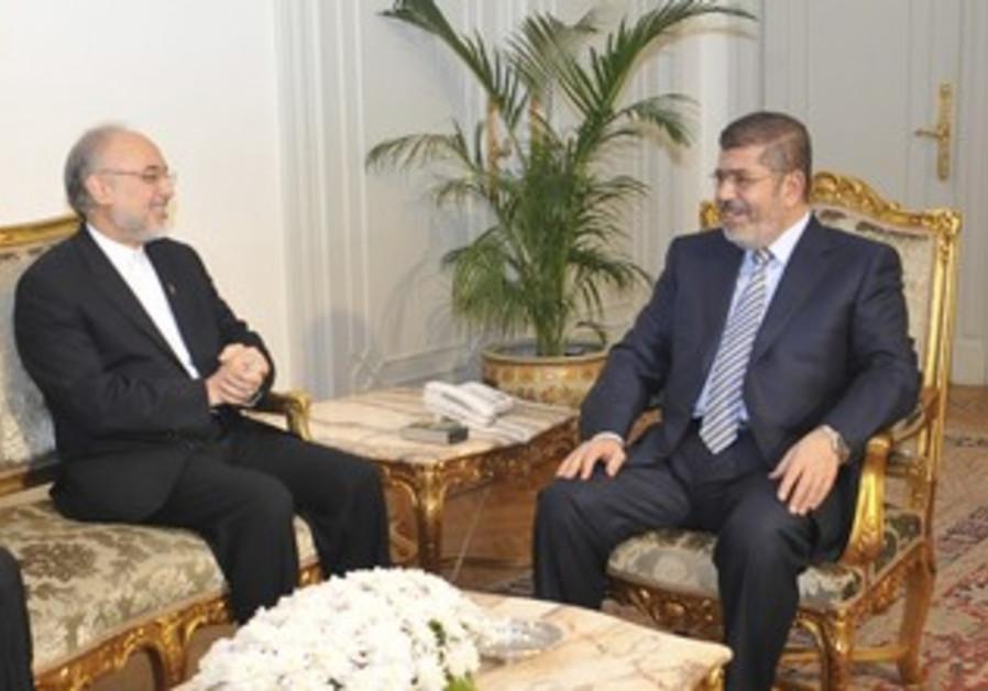 Egyptian President Morsi with Iranian FM Salehi