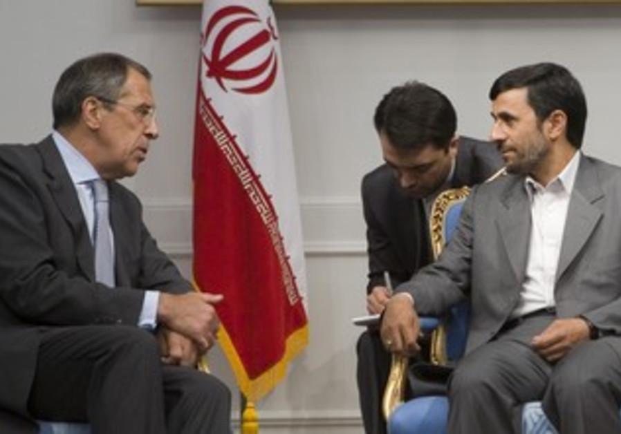 Sergei Lavrov meets with Mahmoud Ahmadinejad in Tehran, June 20, 2007.