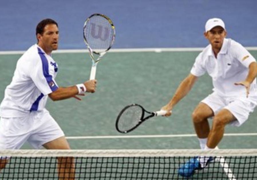 JONATHAN ERLICH (left) and Dudi Sela (right)