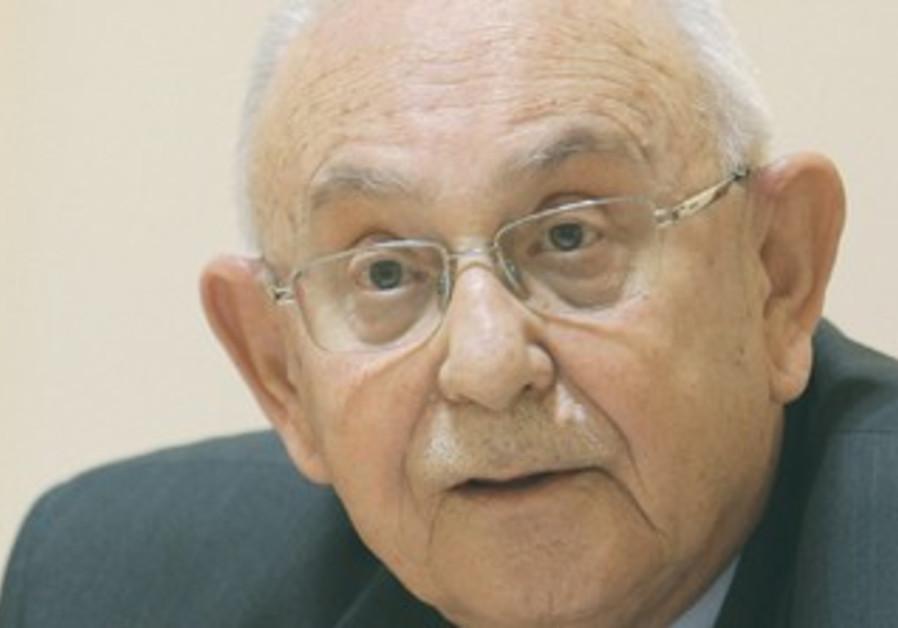 Retired Supreme Court Justice Eliezer Goldberg.