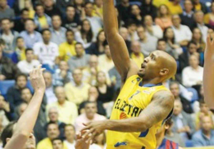 Maccabi Tel Aviv's Ricky Hickman