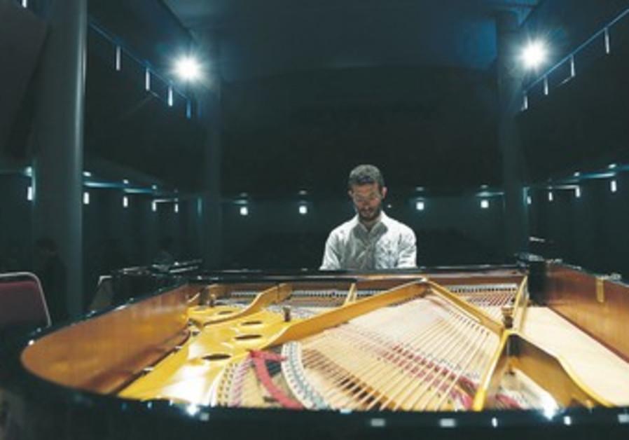 Maestro Omer Meir Wellber
