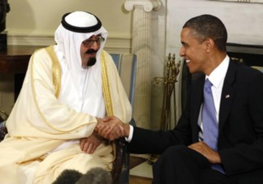 US President Barack Obama (R) meets with King Abdullah of Saudi Arabia June 29, 2010.