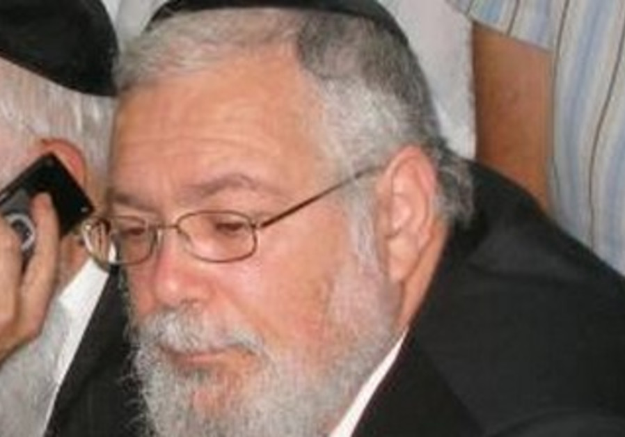 Elad mayor Rabbi Yitzhak Idan.