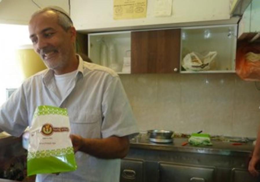 Yossi Vashady, owner of Shalom Felafel