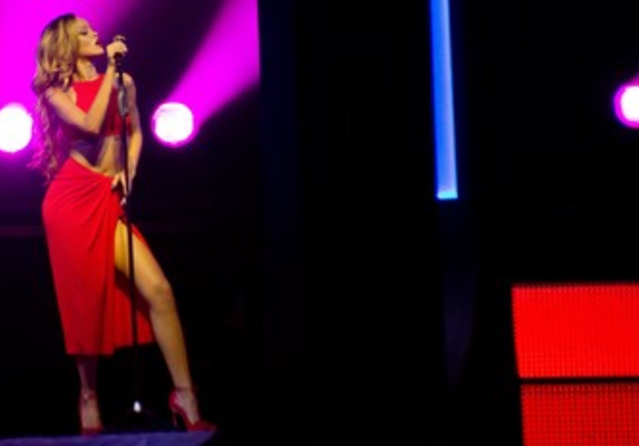 International singing sensation Rihanna