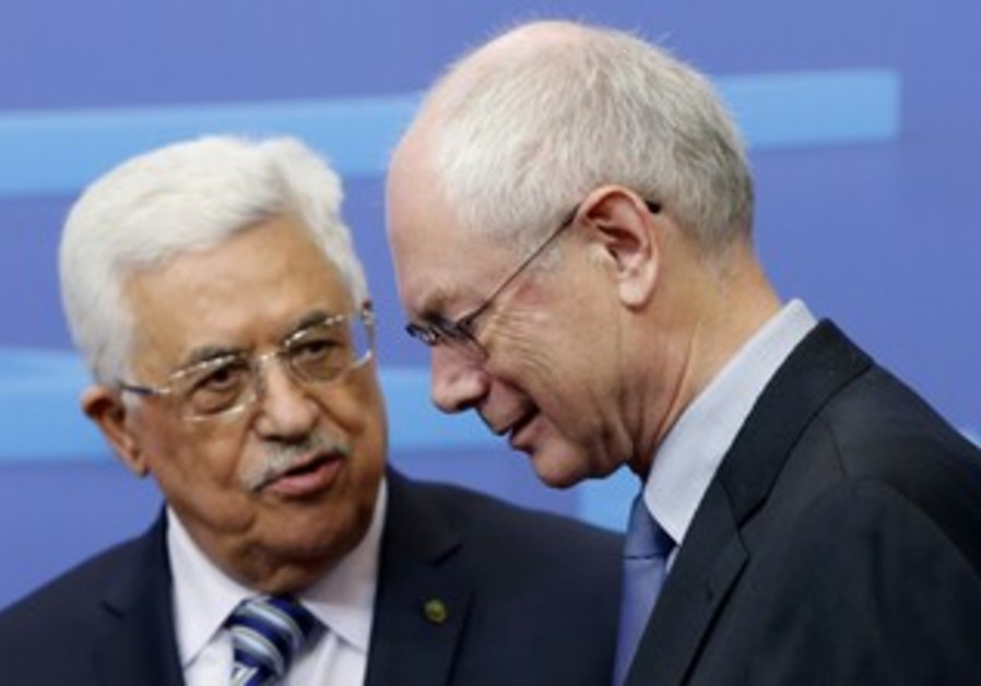 Abbas meets European Council President Herman Van Rompuy in Brussels, October 23, 2013