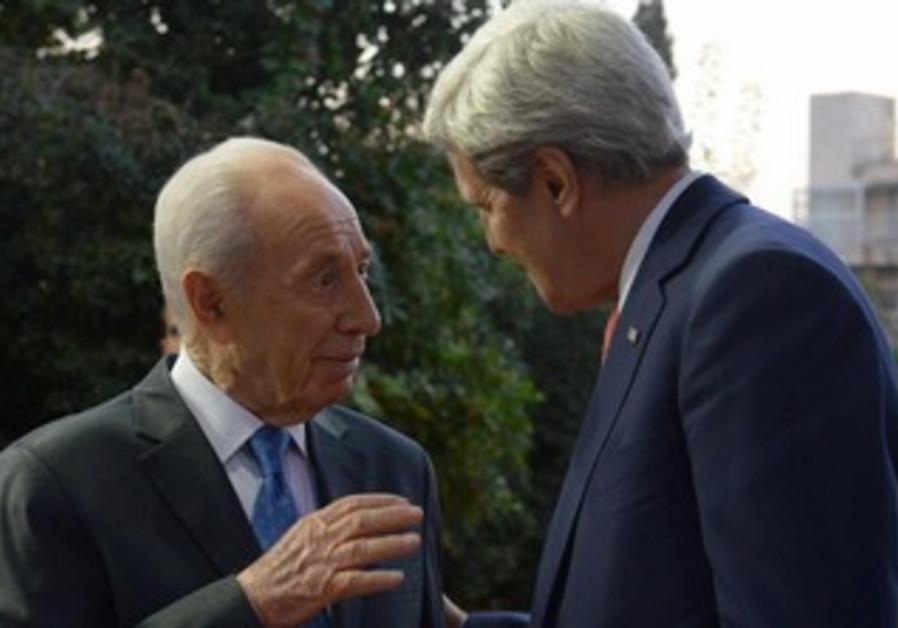 President Shimon Peres with US Secretary of State John Kerry, November 6, 2013.