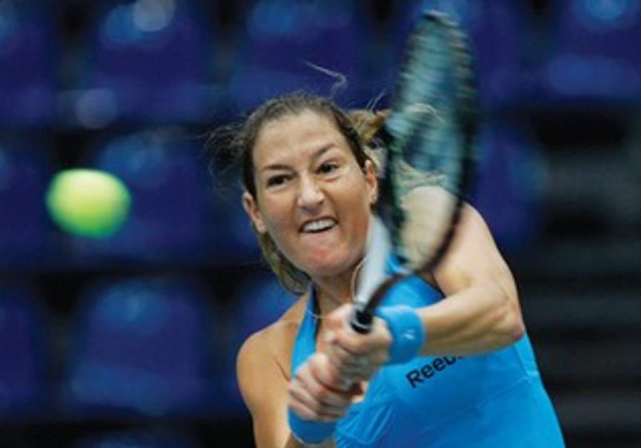Shahar Peer in action at the Fed Cup in Hungary