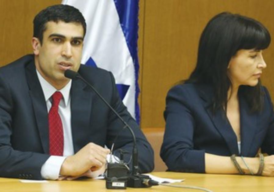Bayit Yehudi MK Yoni Chetboun (L) and former Labor MK Einat Wilf.