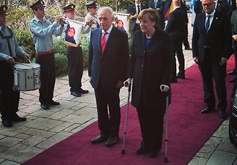 President Peres and German Chancellor Merkel