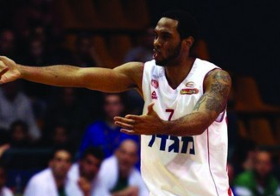 Hapoel Jerusalem's Derwin Kitchen
