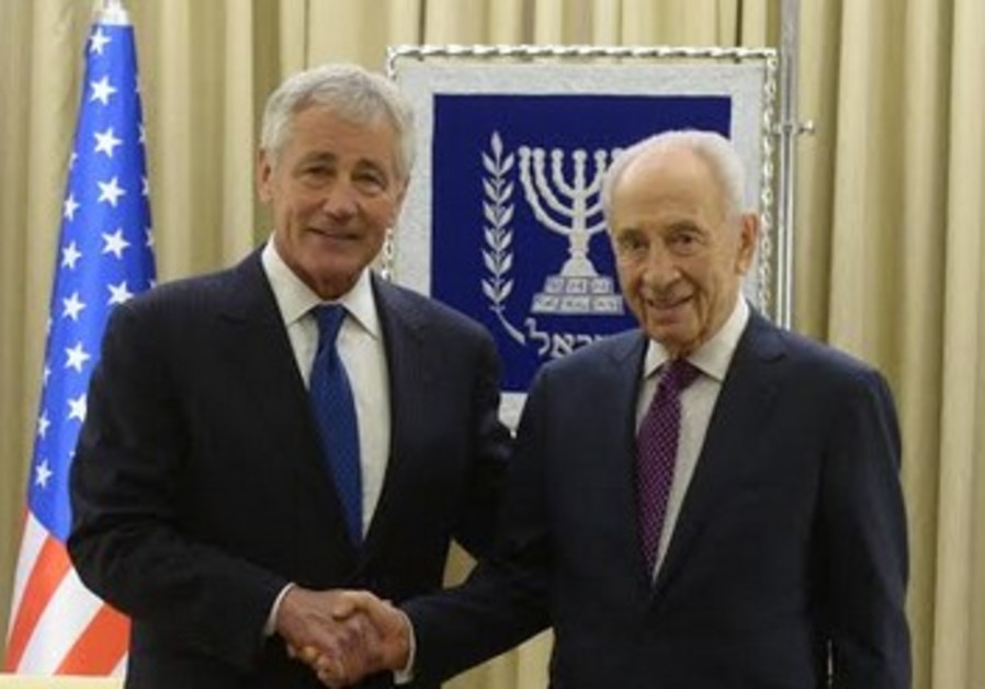 Hagel and Peres, May 16, 2014