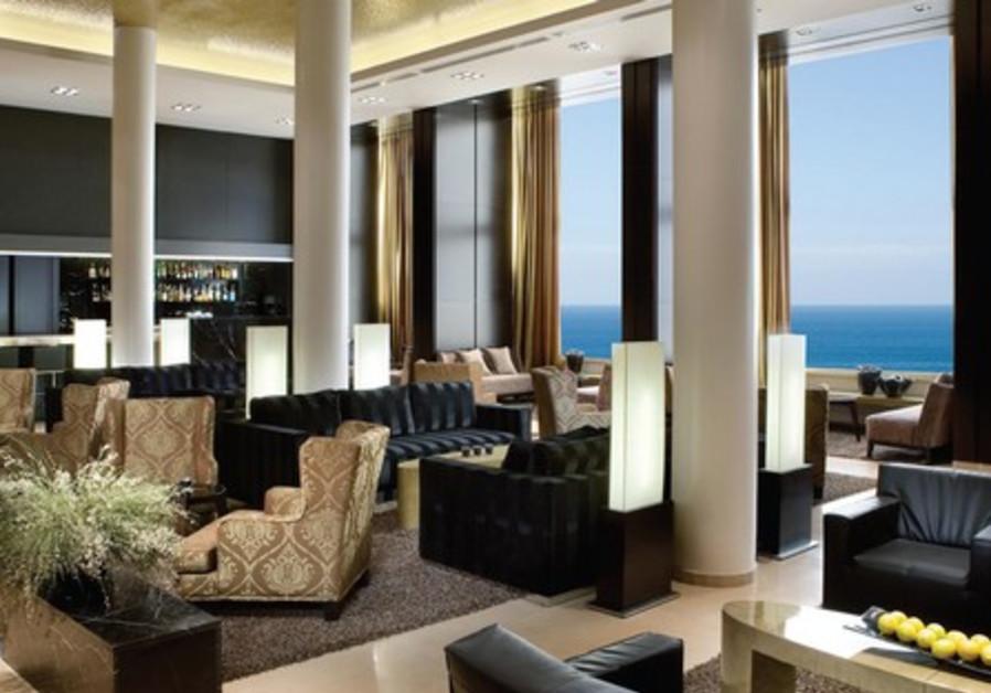The Hayarkon 99 Restaurant at the Tel Aviv Dan Hotel is both elegant and welcoming