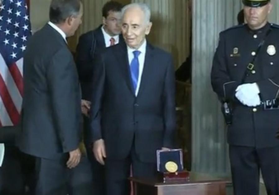 Peres Gold Medal
